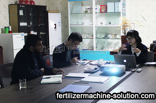 Saudi customer visit fertilizer production equipment